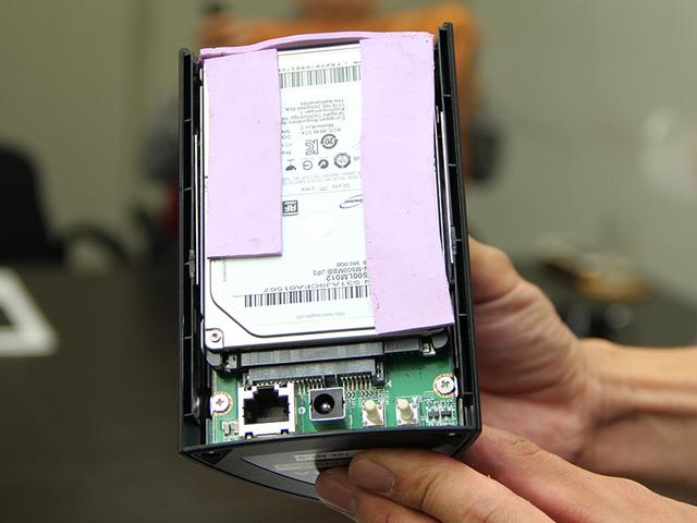 ネットワークオーディオ NAS IODATA RockDisk for Audio HLS-CHF HDL-T HLS-CM 分解 換装 HDD SSD ノイズ対策 振動対策 電磁波対策 OYAIDE オヤイデ電気 MWA-030S