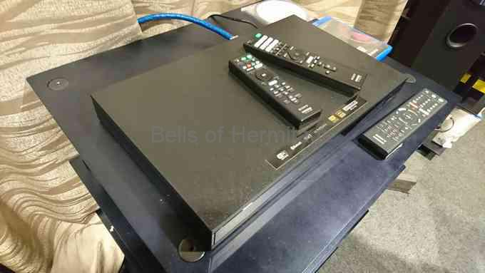 SONY国内初の4K UHD Blu-rayプレーヤー UBP-X800 レビュー