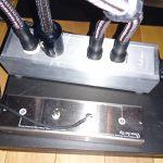 ラックレイアウトの変更(5)電源ケーブル配線とサブウーファーの設置