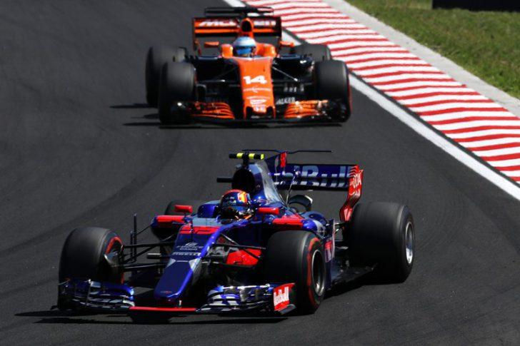 F1 2017 2018 マクラーレン・ホンダ トロロッソ・ルノー エンジン不調 原因 振動 フェルナンド・アロンソ 移籍 残留 トロロッソ・ホンダ マクラーレン・ルノー