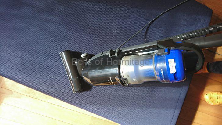 ホームシアター オーディオルーム 掃除機 サイクロン式 ダイソン dyson Cyclone v10 fluffy 組み立て 使用感 セール ダイソン公式 レビュー
