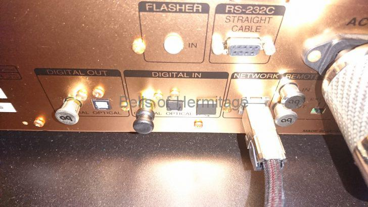 ホームシアター ネットワークオーディオ Acoustic Revive ショートピン SIP-8Q BSIP-2Q 防振キャップ IP-2Q 黄銅 2017S航空レヘルアルミ合金 fo.Q TOMOCA R-08 レビュー 試聴