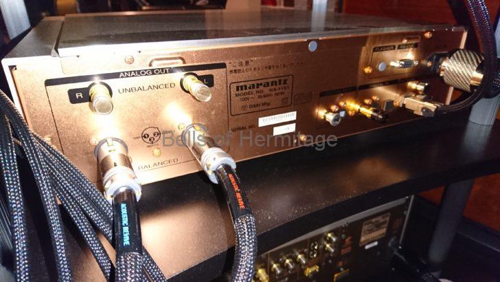 ホームシアター ネットワークオーディオ Acoustic Revive ショートピン SIP-8Q BSIP-2Q 防振キャップ IP-2Q 黄銅 2017S航空レヘルアルミ合金 fo.Q TOMOCA R-08 レビュー