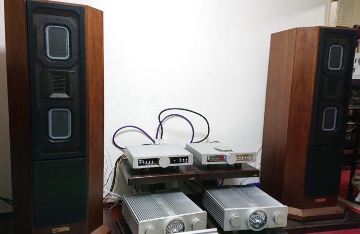 ホームシアター オーディオ オフ会 FAL 古山オーディオラボ UltimaC Vertical Twin 平面振動板 リボントゥイーター コーン型 漆塗り 世界で5台 希少 影山式平面スピーカー (株)調所電器 ハイルドライバー B.M.C. Audio DAC1PreHR M2BDCD 1.1 superlink トップローディング ベルトドライブ