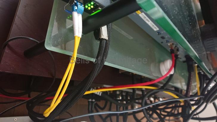 ホームシアター オーディオ ケーブル 遊休品 収納 壁 隙間 ケーブルレール ケーブルハンガー One Control Cable Hanger 5mm~12mm径 断捨離 FURUTECH Acoustic Revive WireWorld
