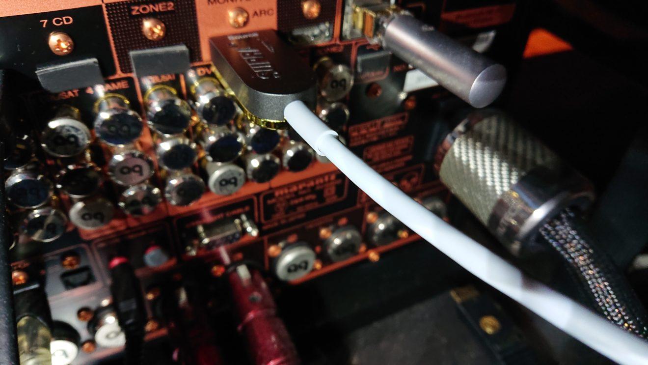 光ファイバーHDMIケーブルSUPRA HDMI 2.1 AOCの購入(3)機器の相性を疑う