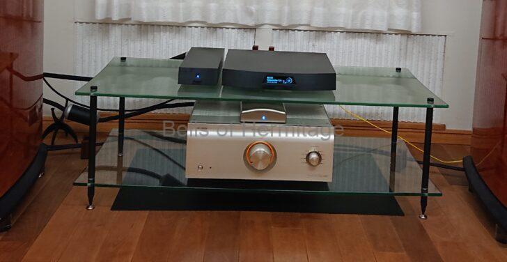 オーディオルーム 執筆環境 Marantz PM-14S1 DENON PMA-SX1 LUMIN X1 Black YAMAHA GT-1000 QUADRASPIRE QAVM Q4D セパレート ラックレイアウト